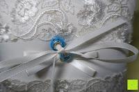 Ringe auf Kissen: Hochzeit Ringkissen mit Satin Bogen 21cm* 21cm