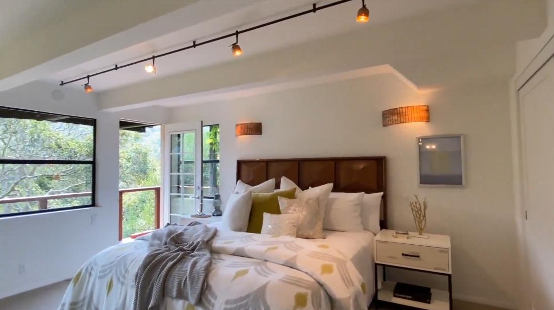 18 Photos vs. 509 Pixie Trail, Mill Valley, CA Interior Design Luxury Home Tour