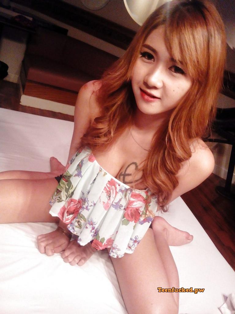 RjO1FiQoxoI wm - Beautiful Thai girl cute big tits selfie 2020