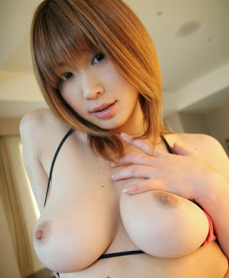 Japanese Big Tits Nude Adult Photo