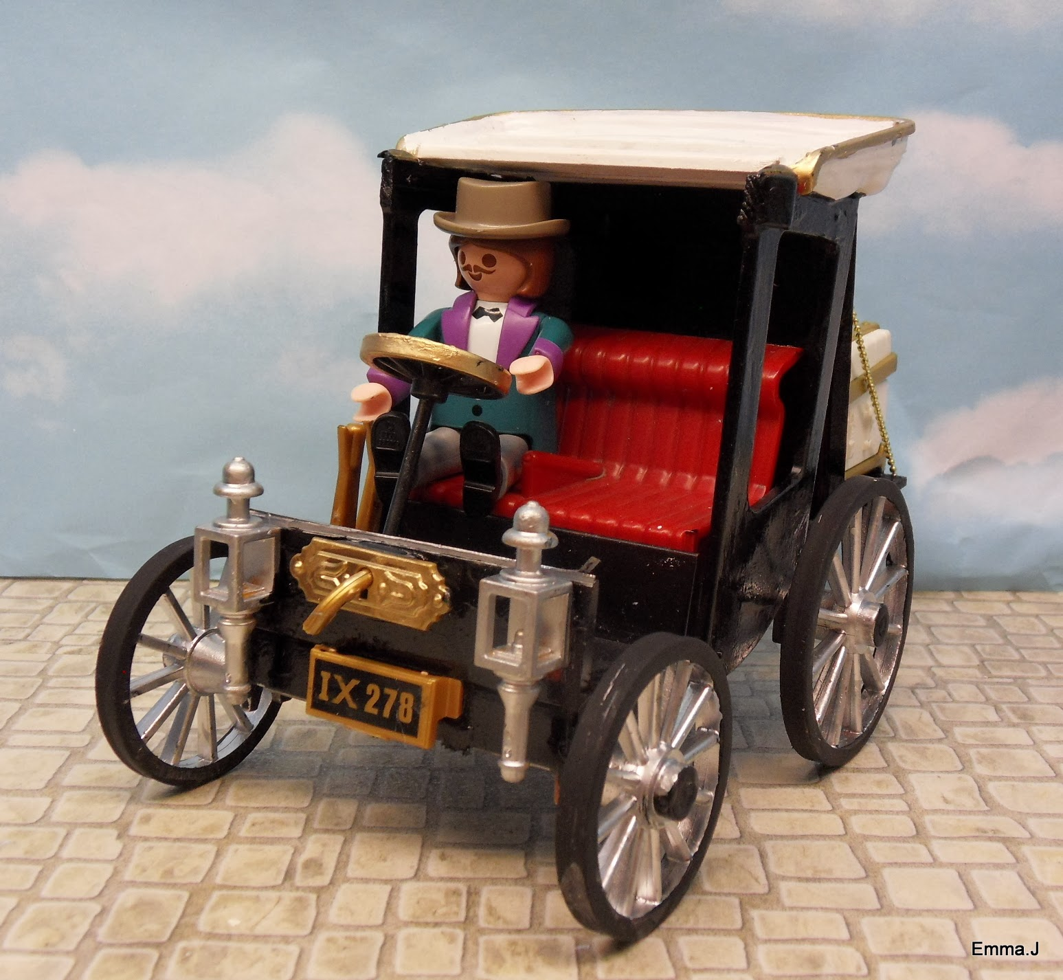 maria 39 s small victorian car emma j 39 s playmobil. Black Bedroom Furniture Sets. Home Design Ideas