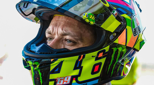 Pemulihan Kilat Valentino Rossi Masih Bikin Marc Marquez Takjub