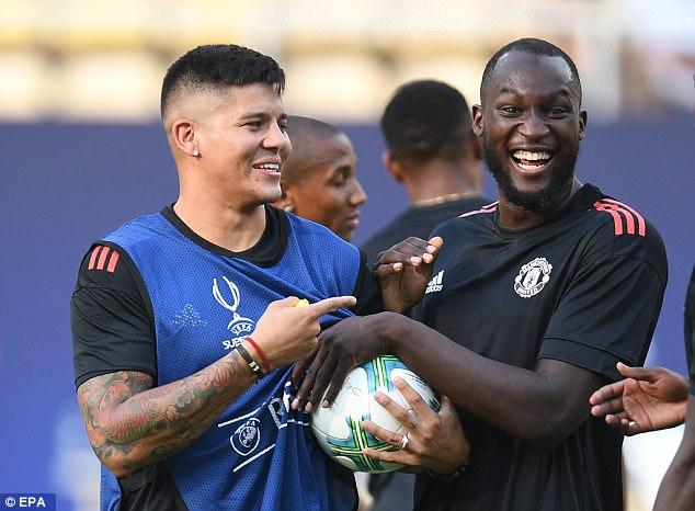 Mourinho đăm chiêu, Lukaku toe toét trước đại chiến 6