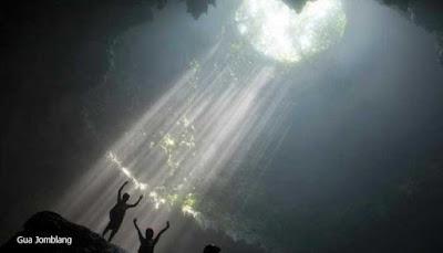 Caves Jomblang