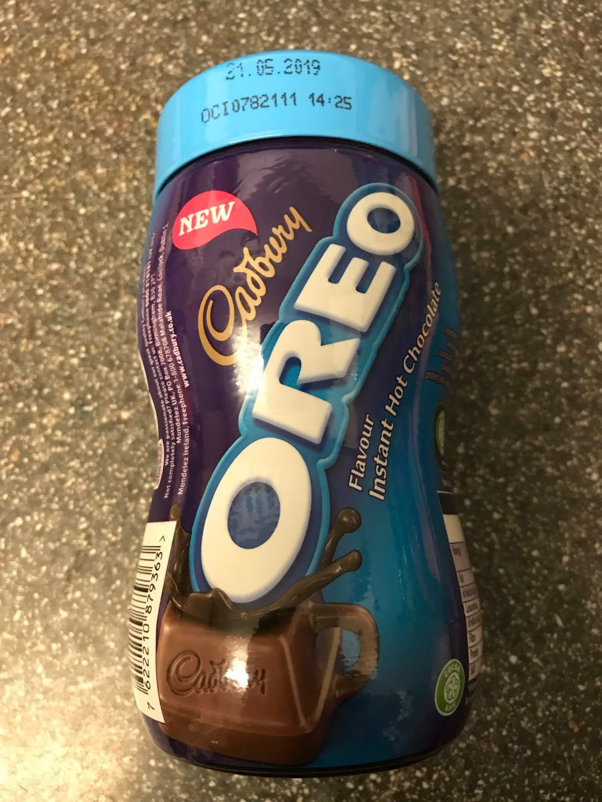 A Review A Day Todays Review Cadbury Oreo Hot Chocolate