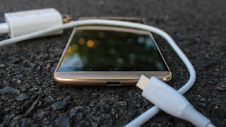 Image result for axon 7 charging