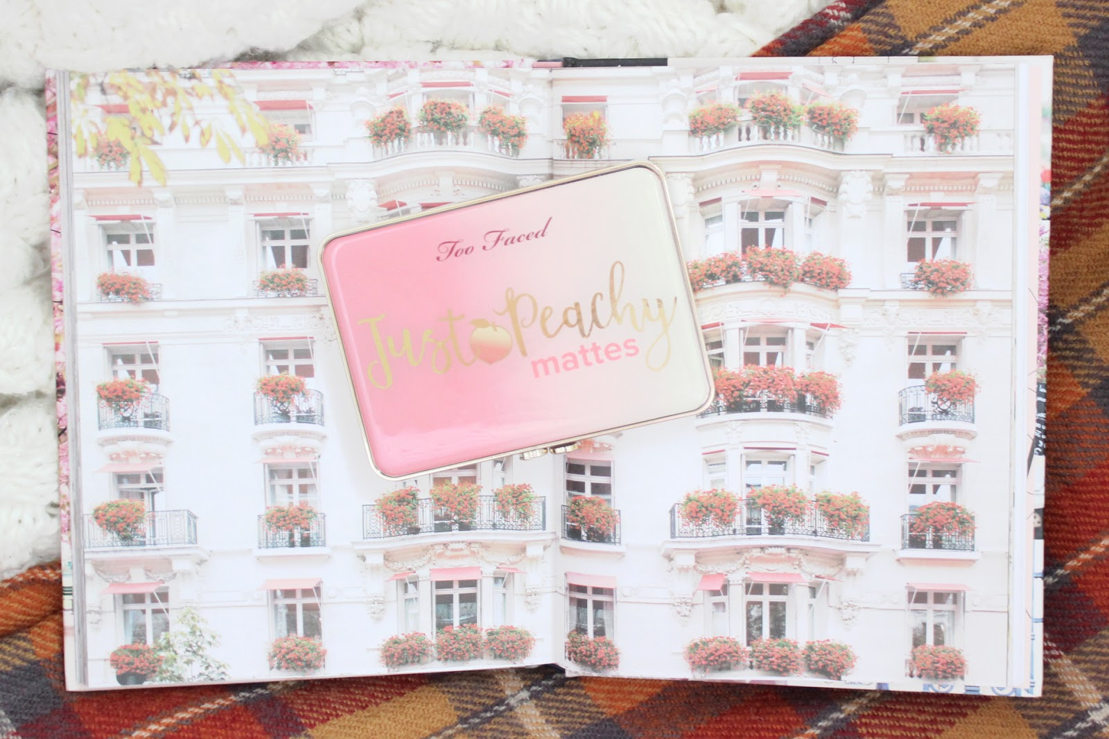 too faced, makeup palette, just peachy, swatches, makeup review, too faced review, toronto blogger, beauty blogger, eyeshadow