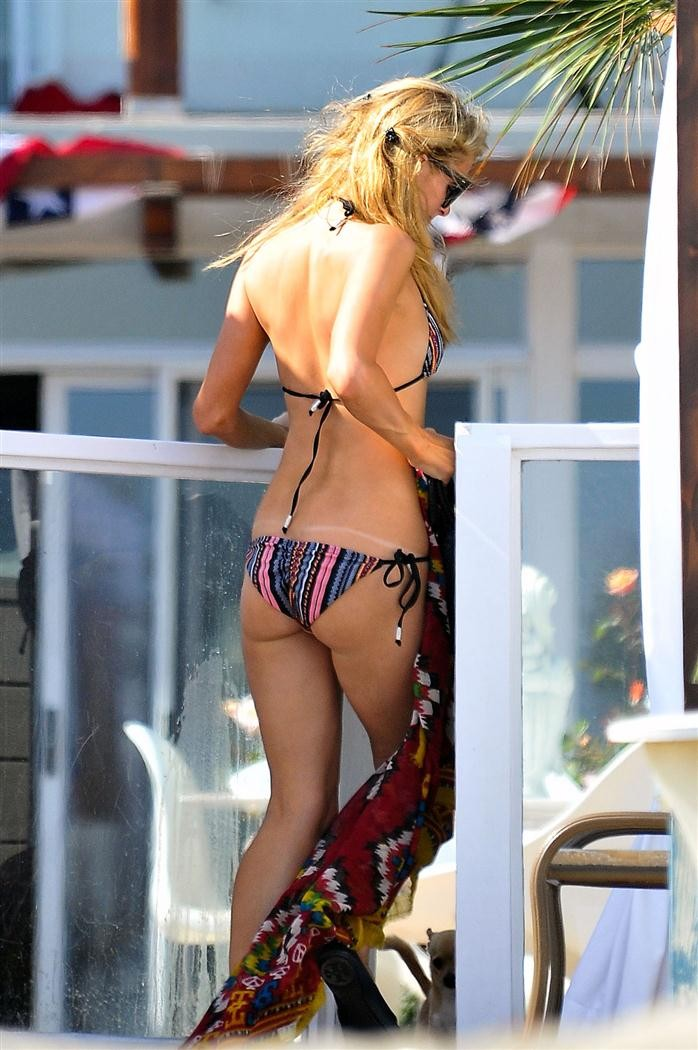 wife-cheating-paris-hilton-but-naked-babes-undressing-nude