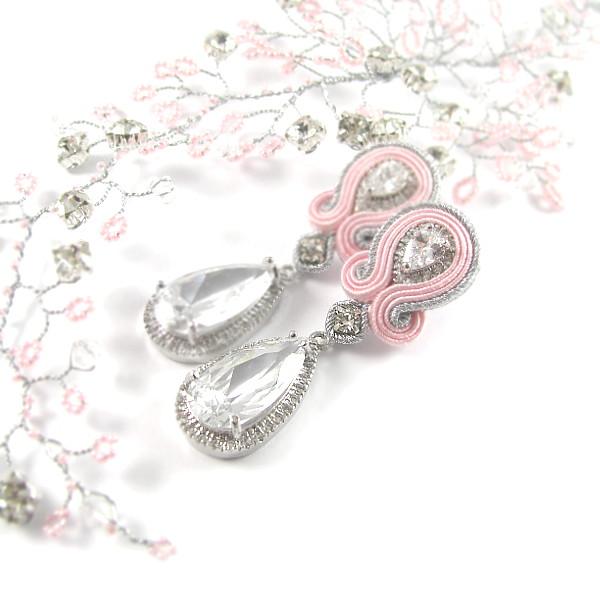 Sutasz ślubny - różowe kolczyki z elementami NOVIA BLANCA.