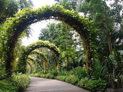 Oke di postingan ini saya akan ceritakan hari terakhir liburan di Singapura bareng isteri Cerita Hari Ketiga Liburan di Singapura