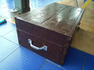 Kotak serbaguna, dari bahan kayu bekas