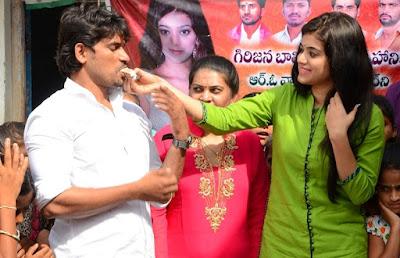 Yamini-bhaskar-birthday-celebrations12