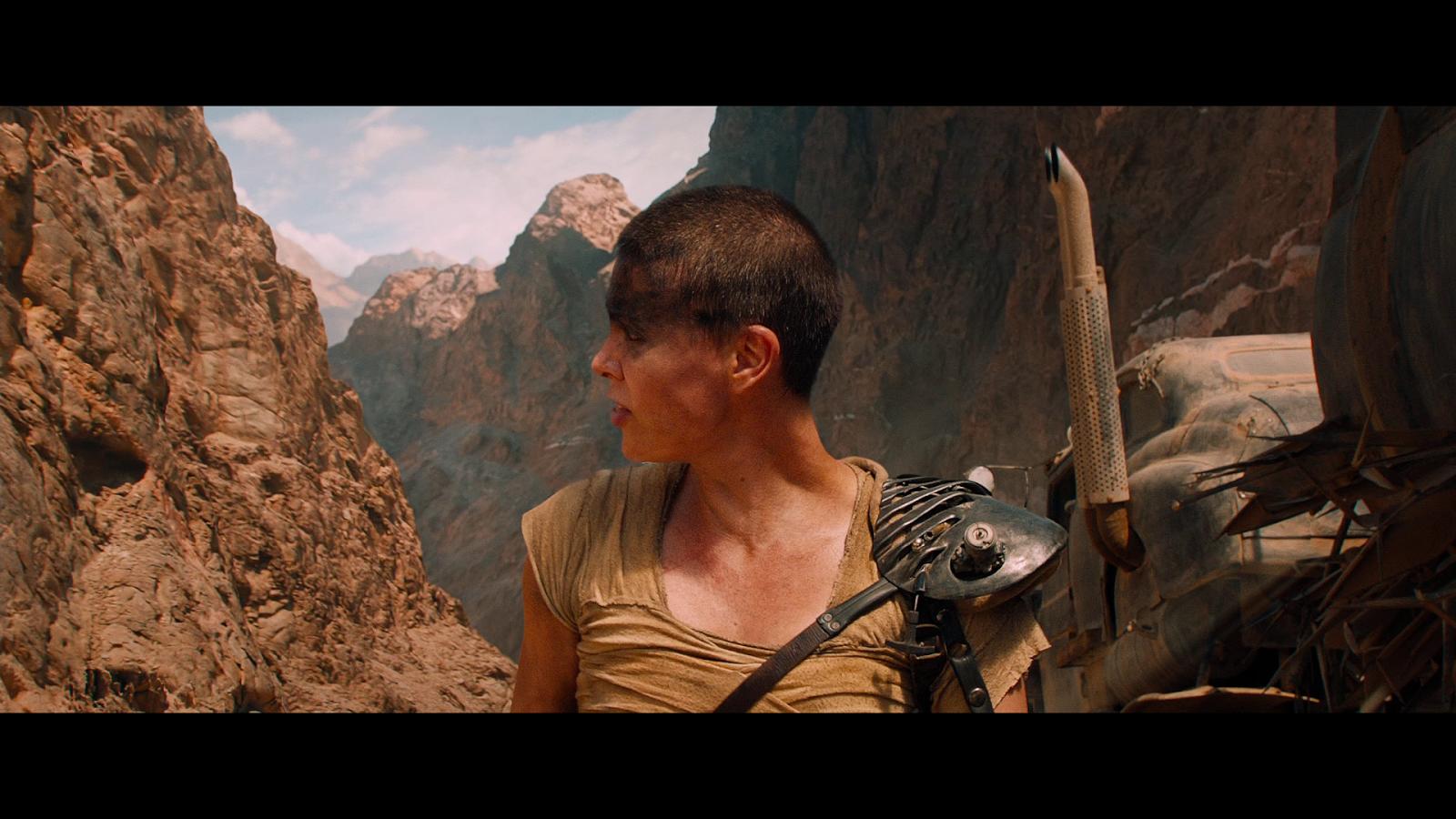 Mad Max Furia En El Camino (2015) 1080p BD25 (JPW) 5
