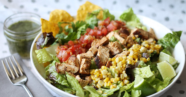 Taco salad with Lime Vinaigrette - the tangy and sweet home-made vinaigrette is what makes this salad mouthwateringly delicious | www.gourmommy.com