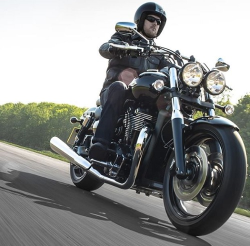 Triumph Thunderbird Storm new and used review spec
