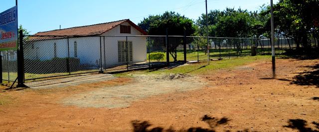 Parte da frente da área invadida pela igreja evangélica  Foto Joaquim Dantas