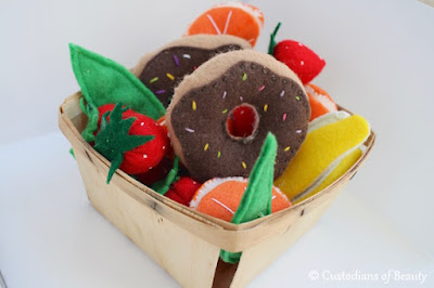 Fruits and Veggies | DIY Felt Food | by CustodiansofBeauty.blogspot.com