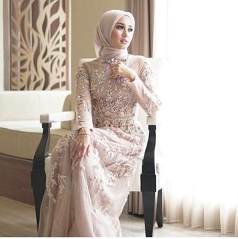 Model Kebaya Brokat Muslim Modern Terbaru