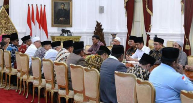 Salah Perkiraan, Jokowi Mengira Semua Tokoh Agama Yang Diundang Ke Istana Setuju Kerja Sama Dengan Taipan..