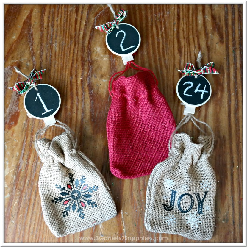 DIY Advent Calendar Countdown to Christmas Chalkboard Ornaments Craft  |  www.3Garnets2Sapphires.com