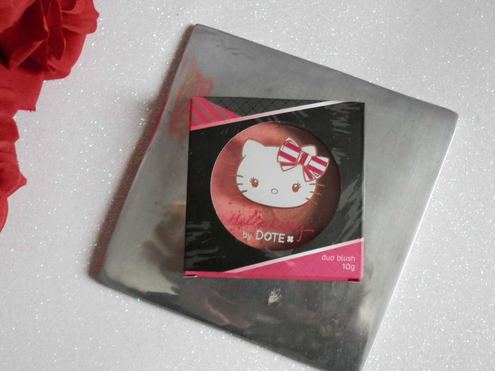 Resenha: Duo blush Pão De Mel  linha Hello Kitty - Dote