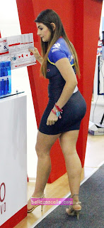 edecanes vestidos ajustados