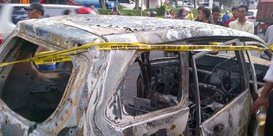 3 Mobil Terbakar Di Bintaro, Sopir Freed Kabur Menuju Bukit