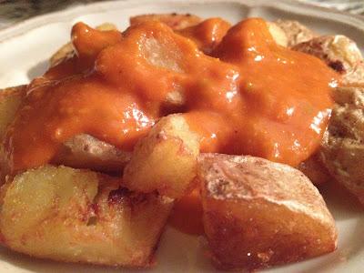 Patatas bravas - Salsa brava - Patatas con cáscara - Salsa de tomate frito casera - Receta - el gastrónomo - ÁlvaroGP