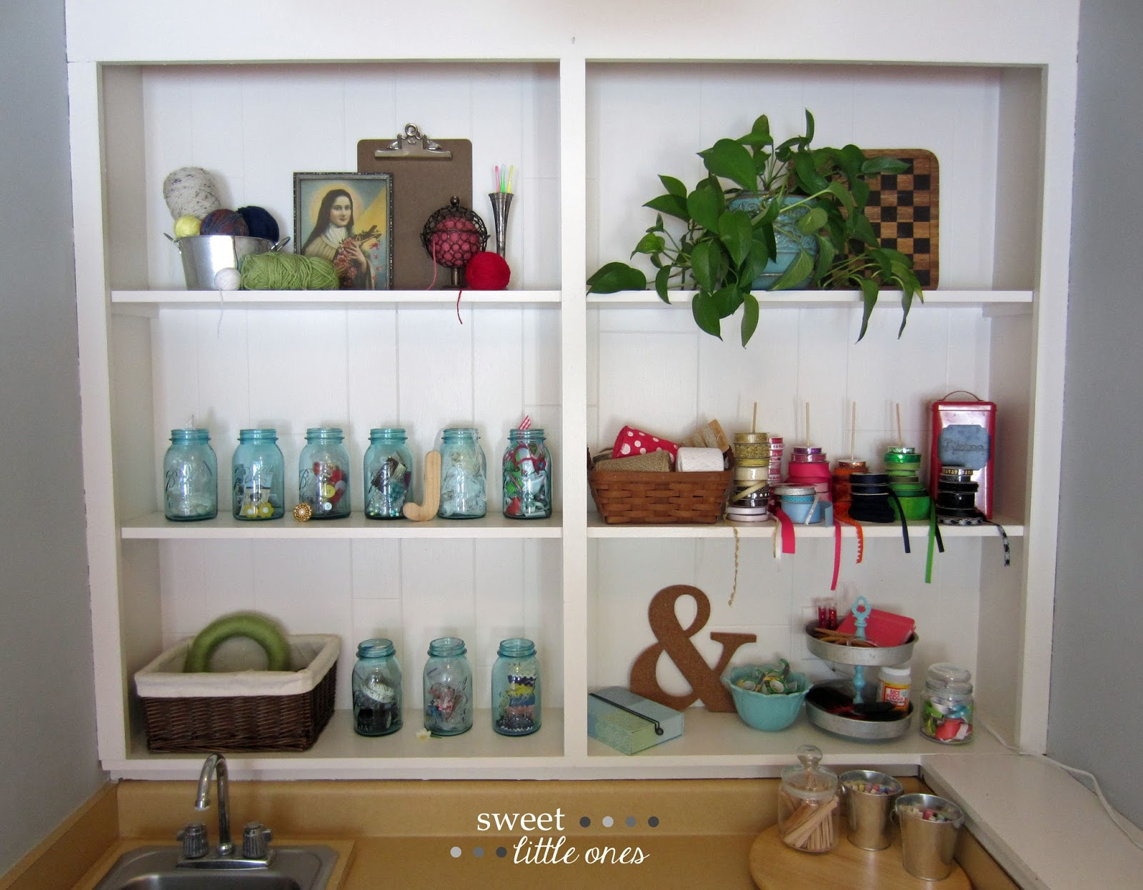 My Favorite Space: My Craft Room - www.sweetlittleonesblog.com