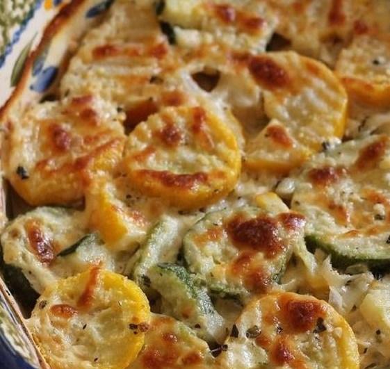 Zucchini and Squash Au Gratin #lowcarb #vegetarian