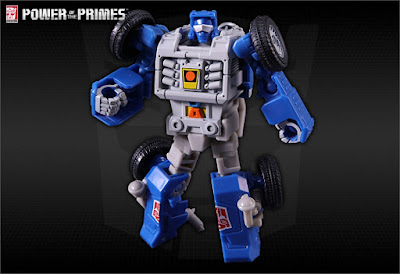 PP-06 Beach Comber dalla TakaraTomy per la serie Transformers Power of the Primes