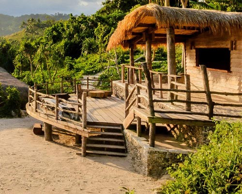 Tinuku.com Nihiwatu Resort as the World's Best Travel Awards 2016 combines luxury and local cultural elements