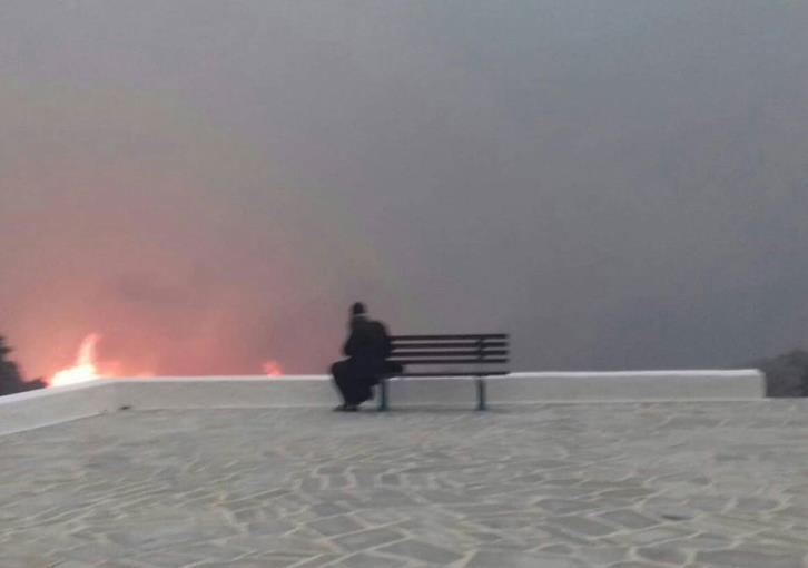 Η πυρκαγιά στο Μάτι και ο Άγιος Παΐσιος !(εικόνες)