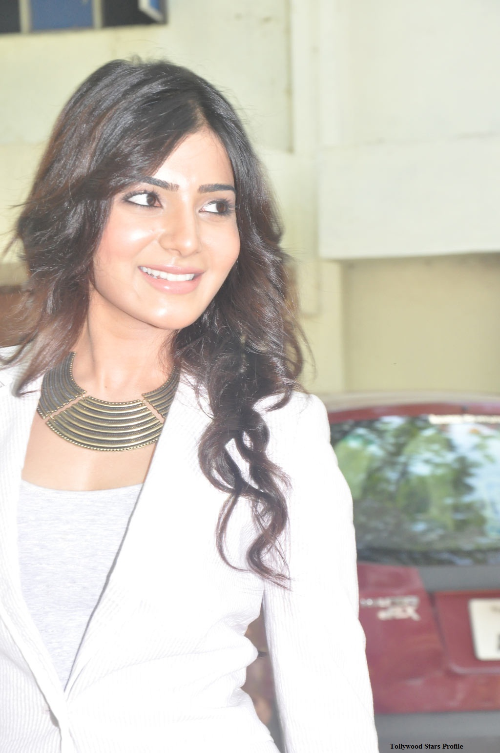 Cute HD Pictures: Samantha Naan Ee Wallpapers