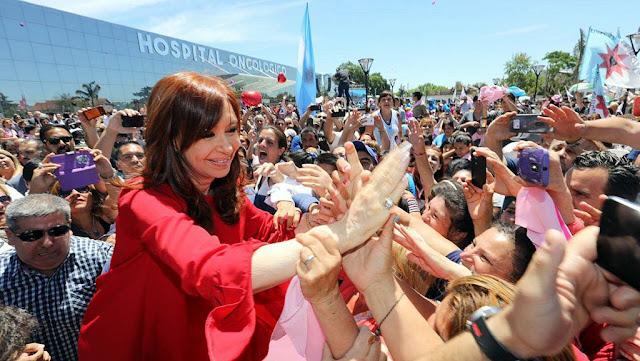 Cristina acompañó la inauguración del Hospital Oncológico Municipal en José C. Paz