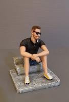 statuine torta idea regalo compleanno statuette realistiche papà orme magiche