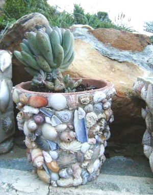 Seashell Terracotta Garden Pot DIY Craft Idea