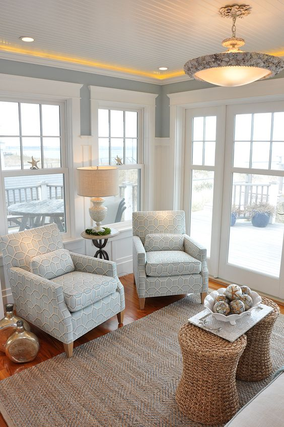 Coastal style hamptons style in soft greys for Cape cod living room design