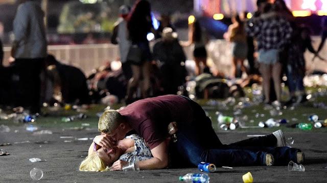 Tiroteio em Las Vegas faz 50 mortos e centenas de feridos
