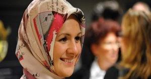 Curhatan Politisi Muslimah Eropa