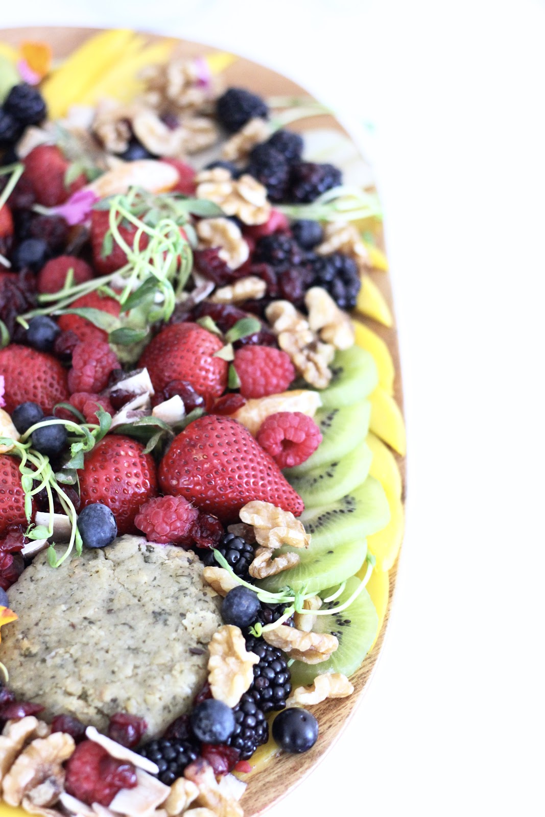 The Fix + CO, Toronto plant based juice bar, Pastels and Pastries, vegan nut cheese