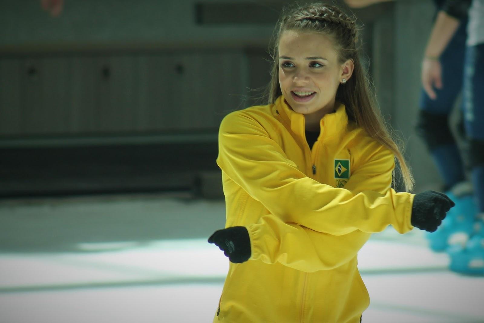 Isadora Williams está presente no US International de patinação