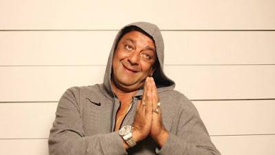 संजय दत्त अब रेडियो जॉकी बन गए है। वर्ष 1993 बम ब्लास्ट के मामले में वे यरवड़ा जेल में सज़ा काट रहे हैं। लेकिन जेल प्रशासन ने उन्हें जेल के रेडियो स्टेशन के लिए रेडियो जॉकी चुना है।