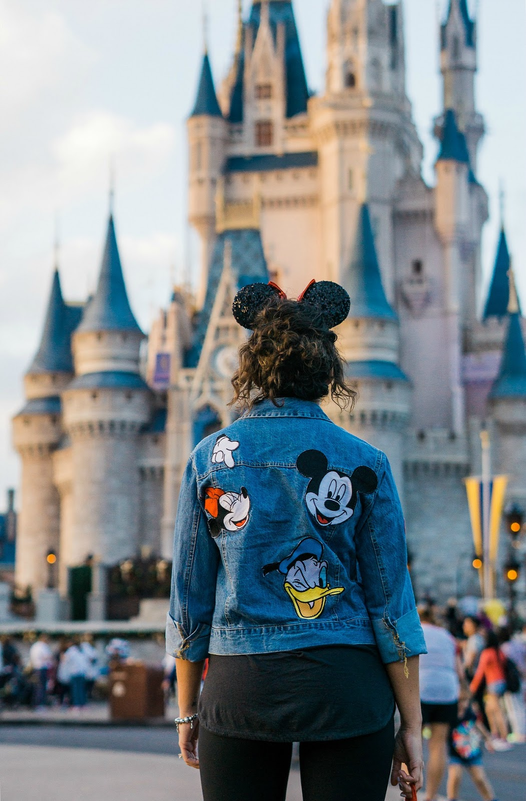 disney outfit ideas, disney outfit, disney style, nc blogger, xo samantha brooke, life and messy hair, orlando fl disney