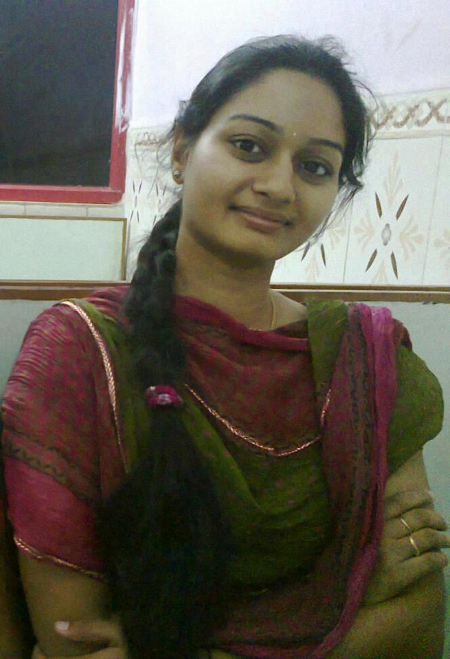 Homely Indian Girls Homely Looking Tamil Nadu College Girls-2309