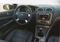 Interior Ford Focus tablero y stereo