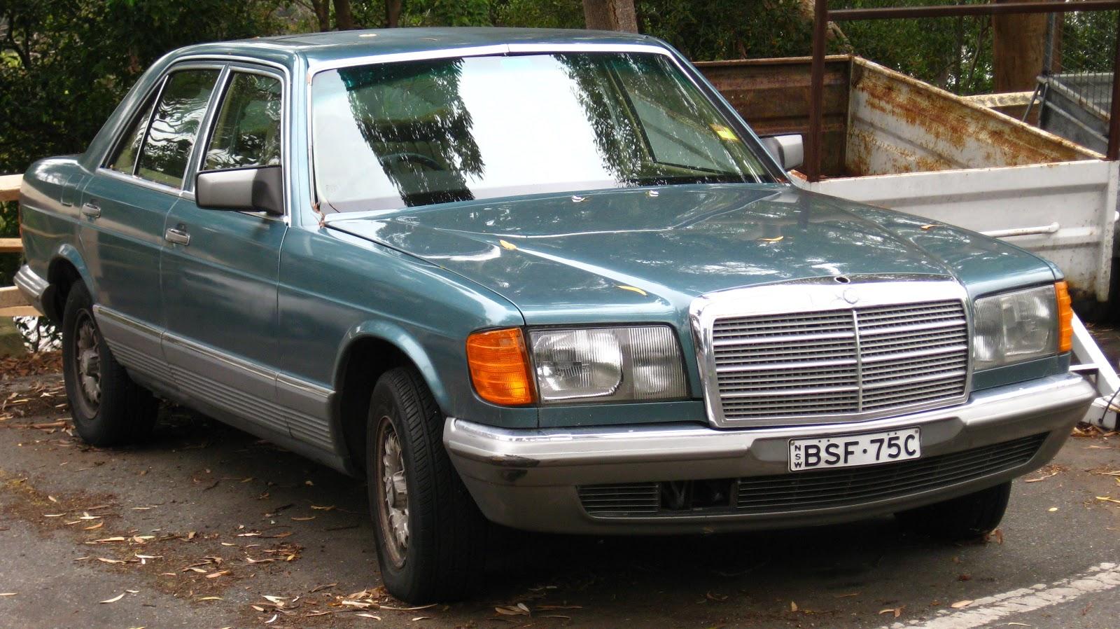 aussie old parked cars 1981 mercedes benz w126 280 se. Black Bedroom Furniture Sets. Home Design Ideas
