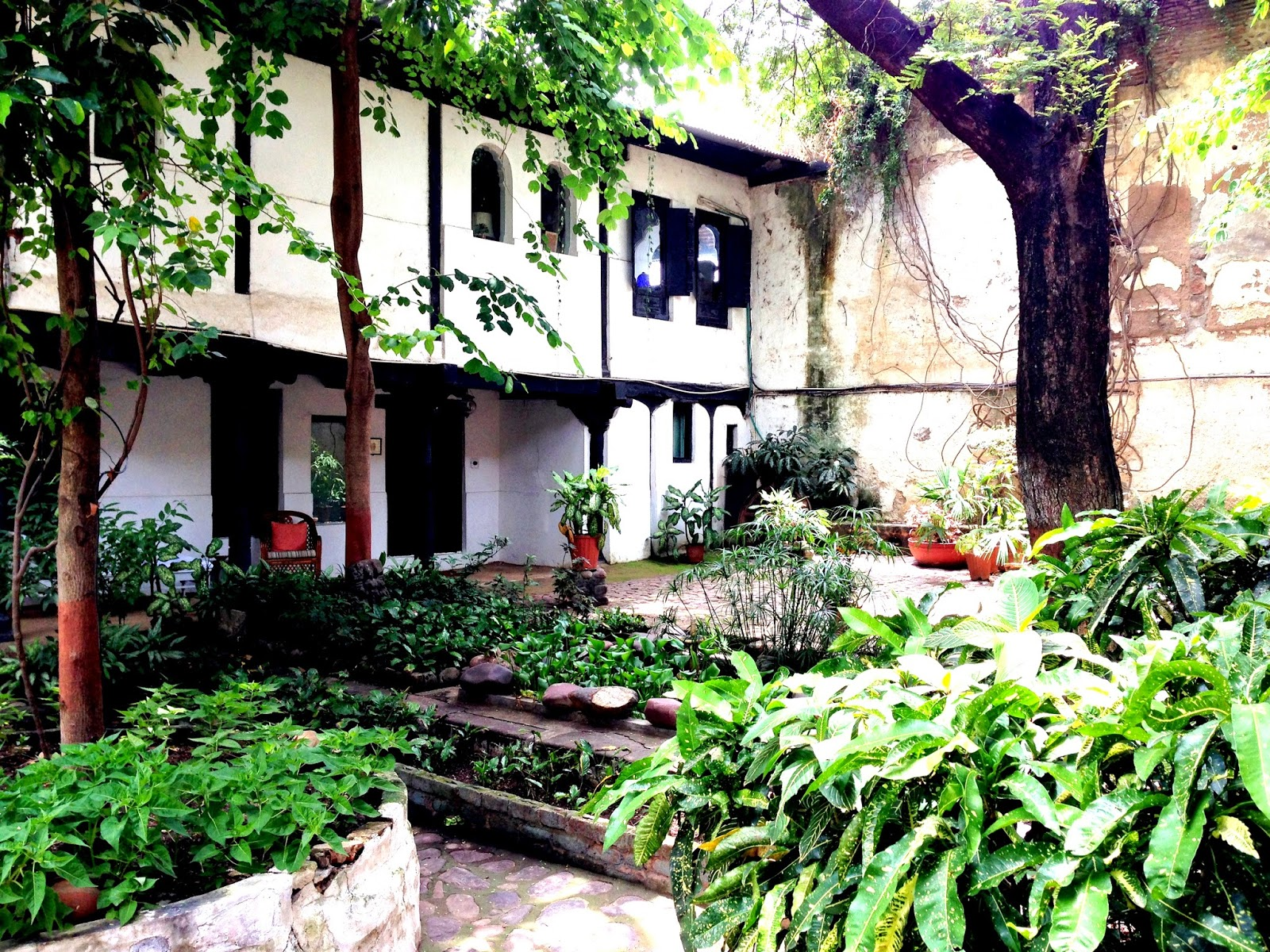 Ahilya Fort Maheshwar Gardens