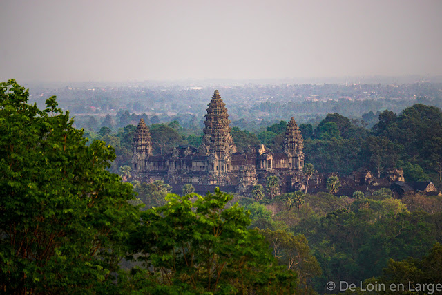 Angkor Vat vu du Phnom Bakheng - Angkor - Cambodge