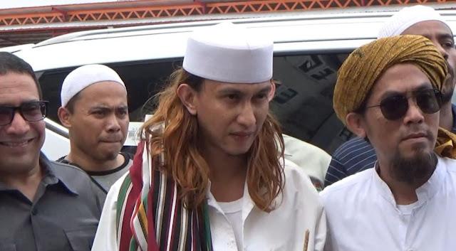 Habib Bahar Pengin Kabur dan Ganti Nama jadi Rizal
